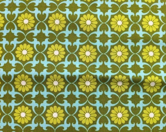 Daisies Olive, Organic Cotton, Half Yd,  Pick a Bunch