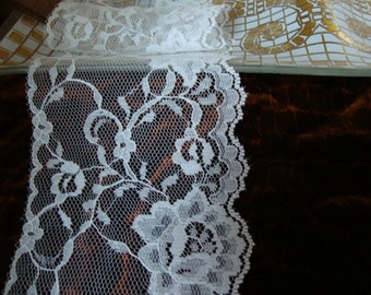 "20 yards 3 3/4"" width White Victorian scalloped lace trim to altered your white fashion designs"