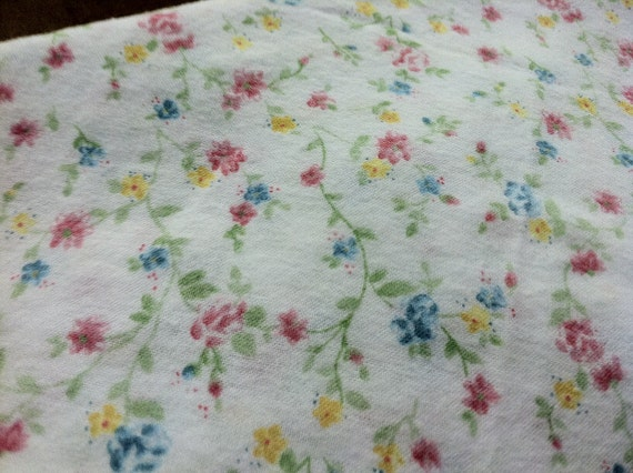 2.5 yards Cotton Flannel Prints Pajama Lounge Pants Robe Girl Sweet Floral Pastel Green Yellow Garden Summer Pink White