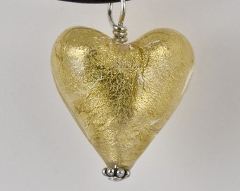 Venetian glass heart pendant, Gold heart, Gold foil heart necklace, Murano glass jewelry by Dolce Beada