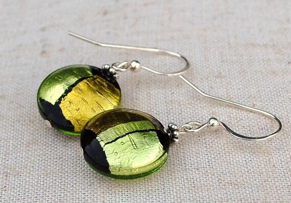 Free shipping,Venetian Murano glass earrings, Disc earrings, green glass earrings, gold foil earrings, Silver foil earrings
