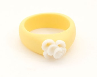 Yellow White Flower Ring, Floral Porcelain Ring - Zambra, Minimalist Jewelry, Delicate Feminine Ceramic Jewelry , Handmade Flower Jewelry