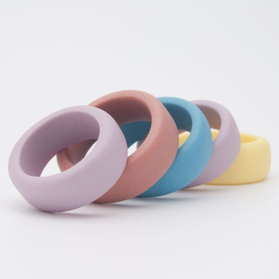 Simple porcelain ring band in pastel colors ,sky blue, turquoise, white, gray ,purple, coral brown and yellow Guerrero