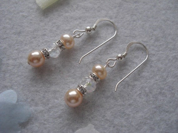Pearl earrings with crystal  'Ophelia'.