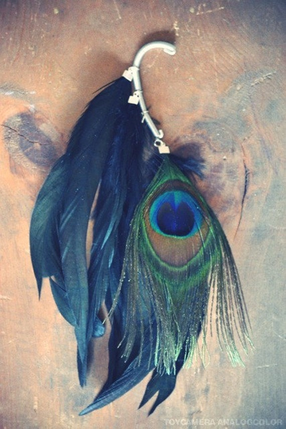 Peacock Gypsy Iridescent Feather Ear Cuff/ Peacock Hair Extention/ Black Feather ear Cuff/ Feather Ear Wrap/ Festival Jewelry/ Boho Chic