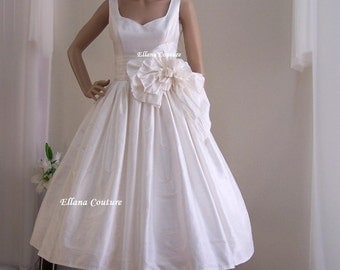 Magnolia - Vintage Inspired Wedding Dress. Tea Length. Gorgeous Doupioni SILK.