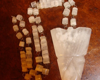 SALE Southwest totem tribal ethnic agate and wire necklace