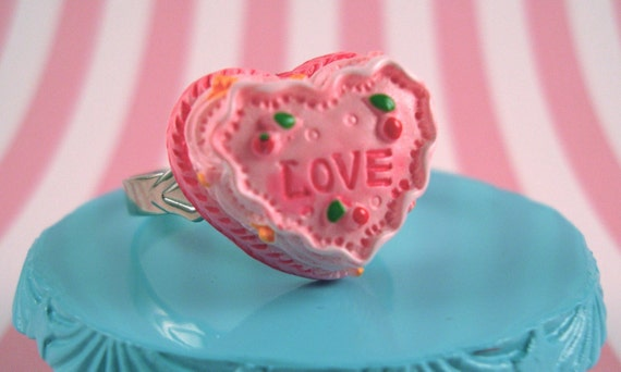 Heart Shaped Pink Love Cake RIng