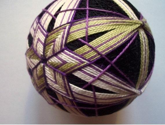 Purple Beauty Temari