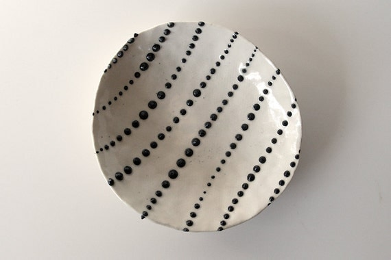 "Handmade, Ceramic Stoneware Dish with Black and White Dots / Small and Decorative / Cosmic Tortilla 10 ""THE JACKSON MOLLUSK"""