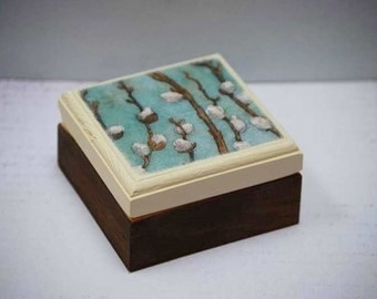 Pussy Willow Branches - Wood box, Treasure Box, Keepsake Box, Pussy Willows, Spring, Gift Box, Jewelry Box, Simple, Nature, Willow Branches