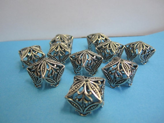 10 LARGE antique filigree bead CAPS around 1920 (monastery work )