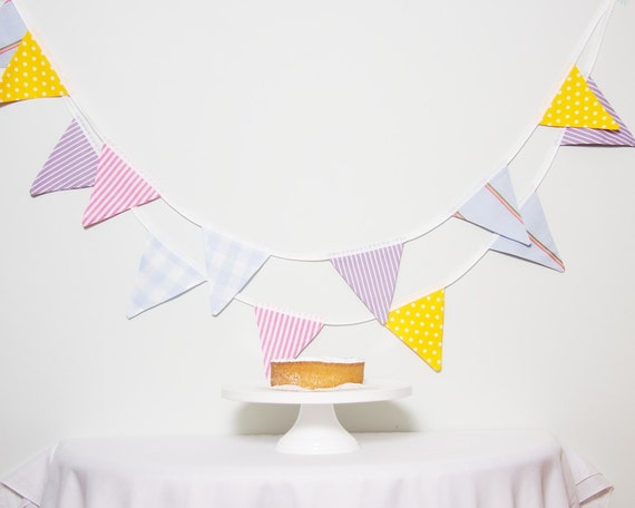 LAST ONE Good Will Bunting Multi Colour Large