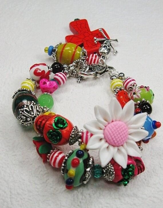 SUGAR SKULLS / Day of the Dead / Dia de los Muertos / Mexican Fiesta Cowgirl Charm Bracelet - DaiSY CaRNiVaL RiDe