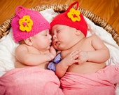 Two peas in a pod girl knit hats  twin hats, cotton,0-3 m Infant hat red hot pink ready to ship. Perfect photo prop