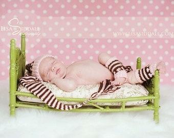 Hand knit baby set    Pixie Elf  hat leg warmers Newborn 3 m  Munchkins  Stocking Cap   pink  chocolate stripes  photo prop Newborn pictures