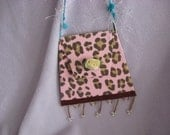 pink paper purse