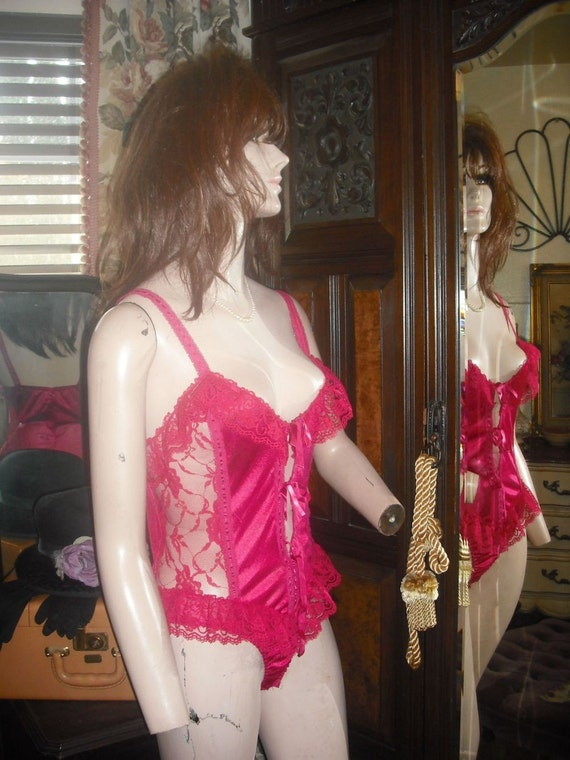 Vintage Sexy Red Lace Teddy //  Valentines Day  /  Size Small/Medium
