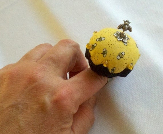 Bzzz...Busy Bee Ring Pincushion