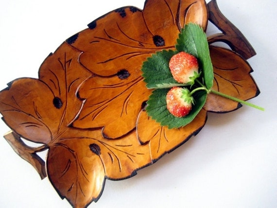 Vintage wooden tray with pyrography