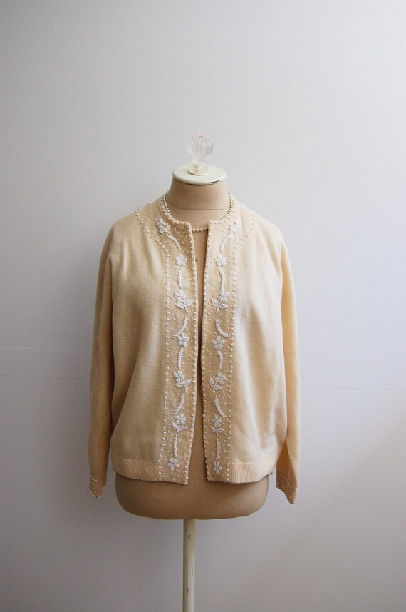 The Iris- Vintage 1950s Rockabilly Pin Up Bombshell VLV Cream Ivory Beaded Cardigan Angora Lambswool Sweater Size 46 XL 2X