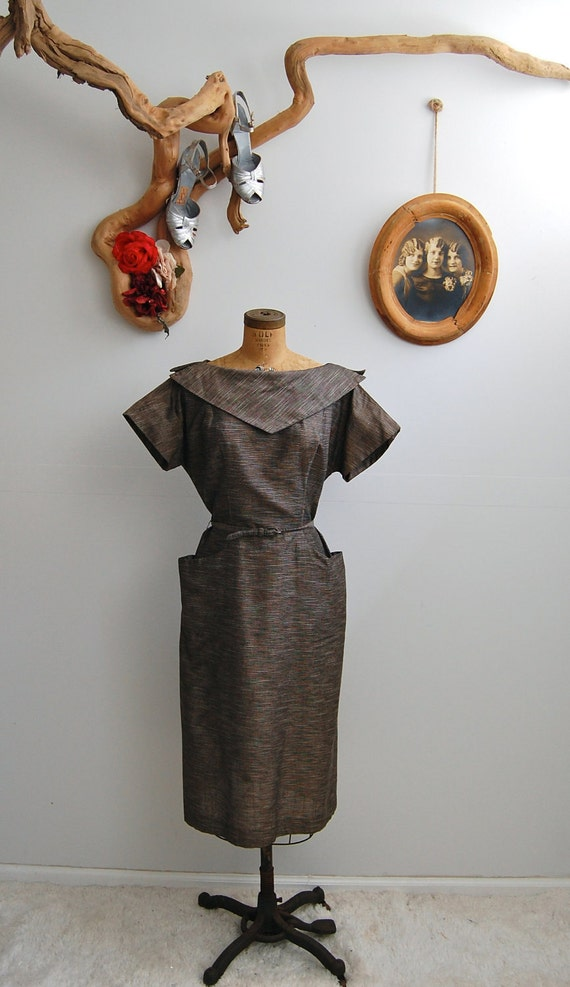 SALE 30% - Vintage 1940s Dress - 40s Day Dress - The June