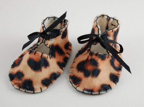 Baby Booties Preemie leopard print