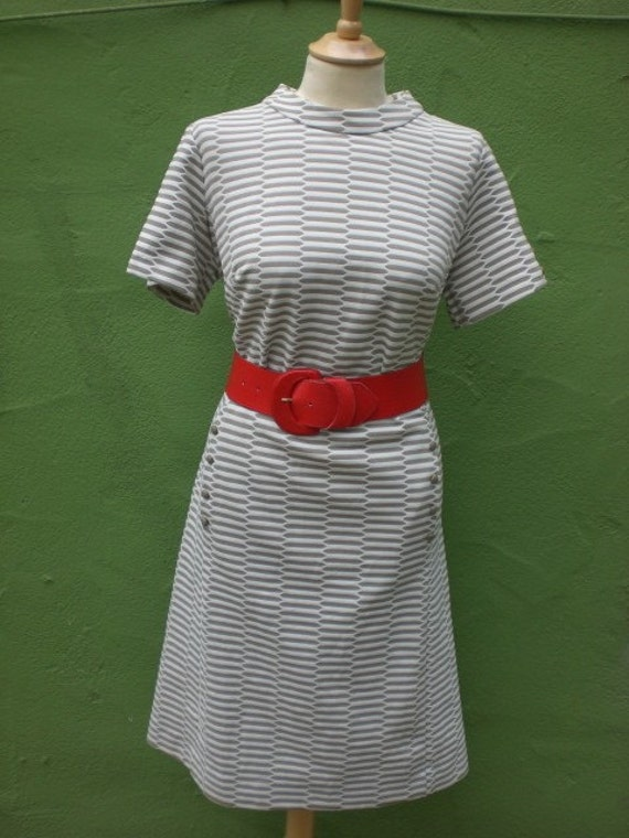 Vintage 60s Union Made Mod Scooter Taupe and White Day Dress LARGE