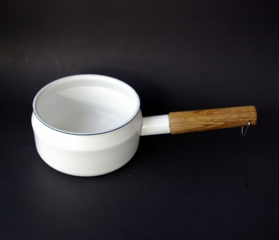 Finel Sauce Pan or Saucier Designed by Seppo Mallat in White