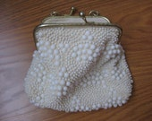 Beautiful Vintage Cream Pearl Bead Clutch