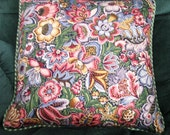 16 inch welted pillow