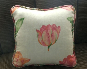 Tulip pillow cover