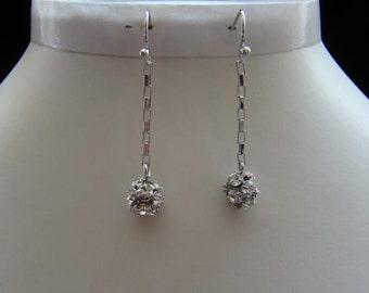 Dangle Earrings Rhodium Plated (11A75)