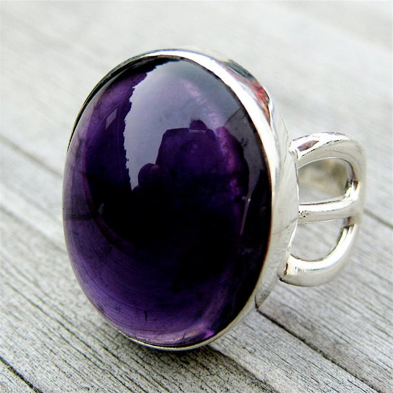 Dark Plum Amethyst Sterling Silver  Ring . US Size 7.25 - 8