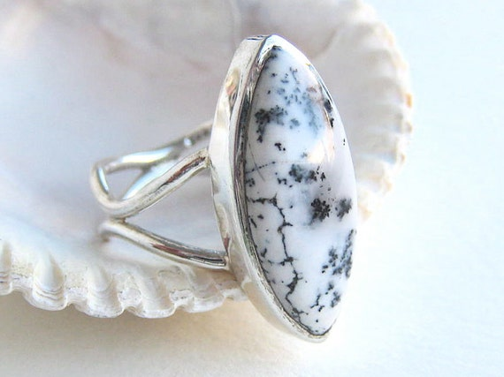 Dendritic Opal Ring . Sterling Silver . Black and White . US Size 5.75