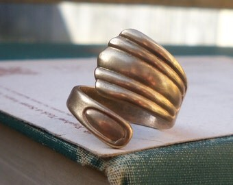 vintage brass ring / spoon ring / brass ring / BRASS SPOON RING