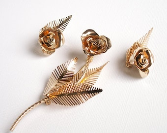Vintage Coro Stylized Rose Blossom Brooch and Earrings Set gold metal flower floral costume jewelry