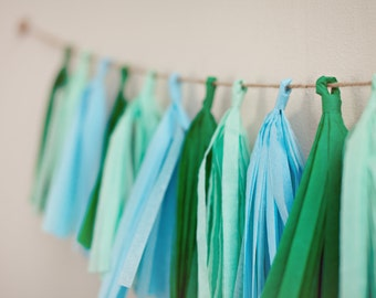 Tassel Party Garland: Shades of Green