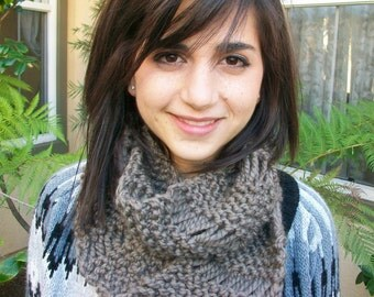 Taupe Super Thick Knitted Dropstitch Cowl