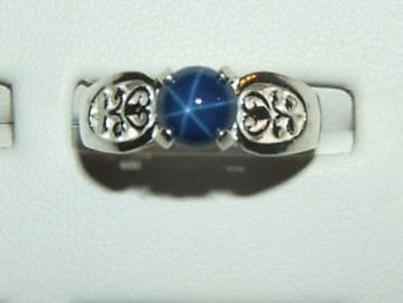 Vintage Linde Blue Star of Sapphire Sterling Silver Ring