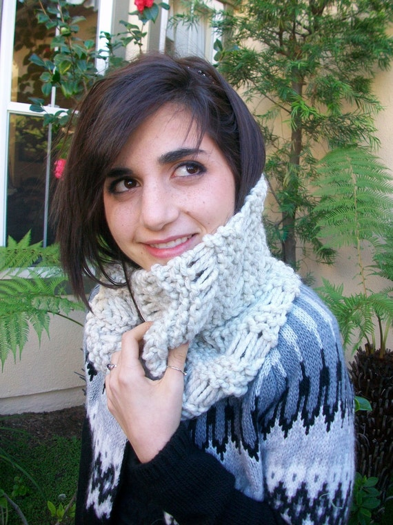 Oatmeal Super Thick Knitted Dropstitch Scarf