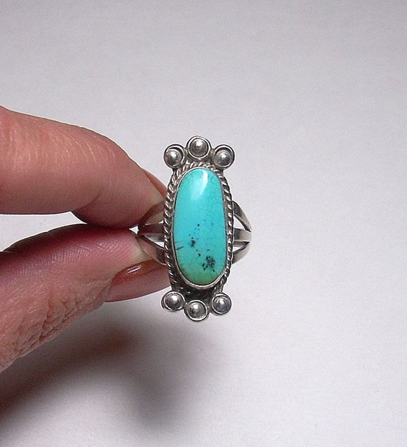 Vintage Artisan Genuine Turquoise Sterling Silver Ring