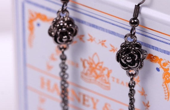 Black Rose Chain Earrings - Black Rose Earrings. Vampire Diaries Earrings Inspired by Anna. Goth Earrings. Valentine's Day Gift. Goth Gift.
