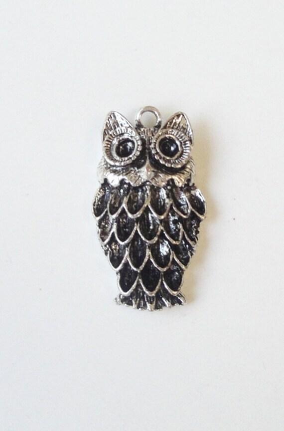 Silver Owl Antique  Metal Pendant/ Large Owl Pendant Charms (2) Pieces