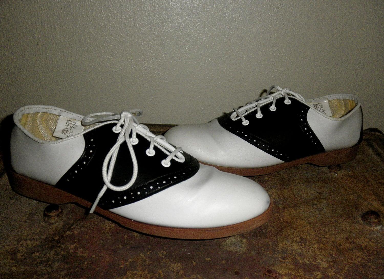 s black and white saddle shoes light wear size