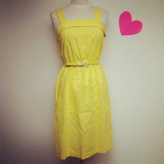 Gorgeous Vintage Yellow and White Scalloped Sundress