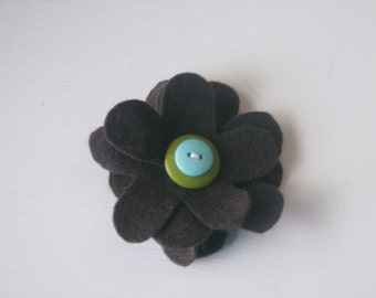 Brown large flower hair alligator clip with buttons