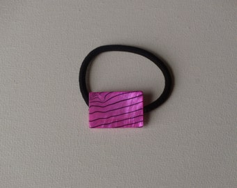 Pink & black rectangular shell bead, ponytail holder