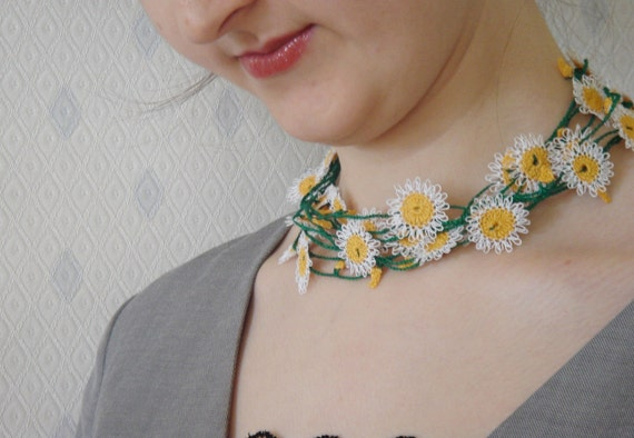 Handmade Flowered Necklace with Needle Lacework