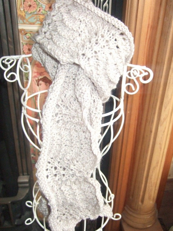Feather And Fan Knitting Pattern Scarf : KNITTING PATTERN FEATHER AND FAN SCARF UK SELLER by TWINKKNITS